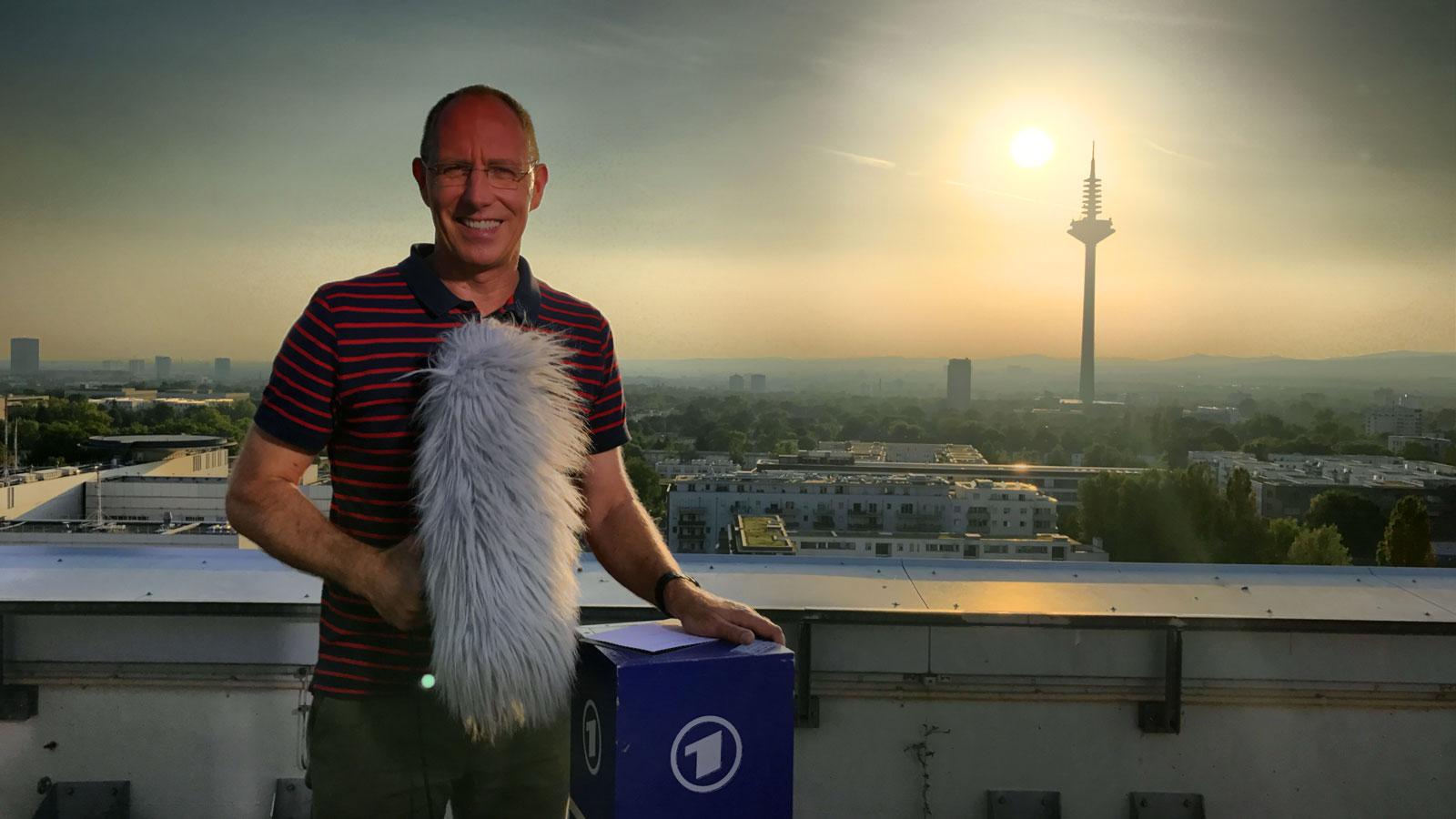 Thomas Ranft mit dem Fernsehturm Frankfurt
